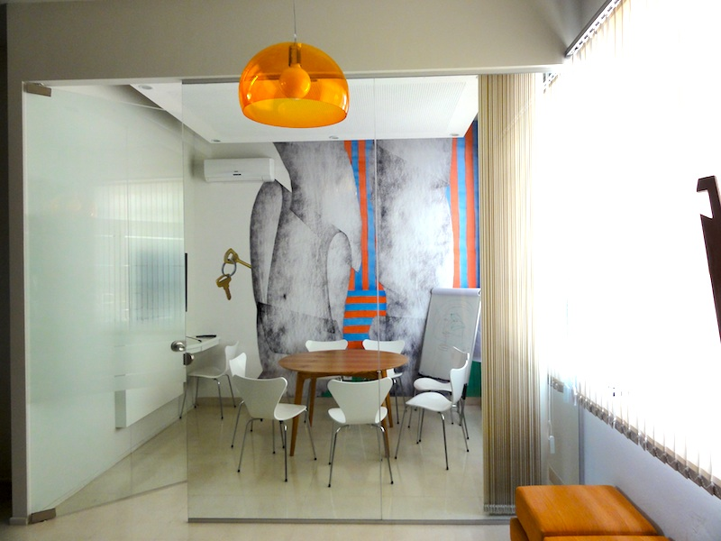 entrance of cespedes coworking buenos aires